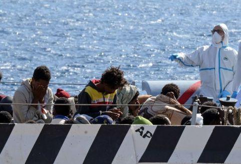 Libia-principal-partida-Italia-Grecia_TINIMA20150420_0060_19